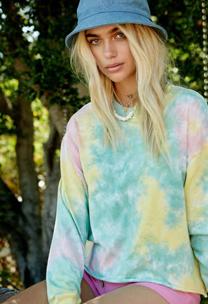 Tie Dye Long Sleeve Crop In Lily Pad
