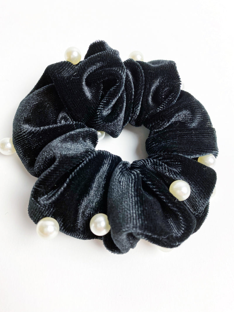 Pearly Scrunch - Black