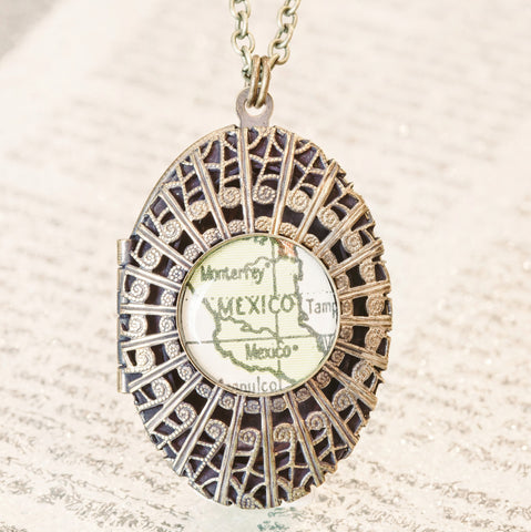 Automatic • Map Locket