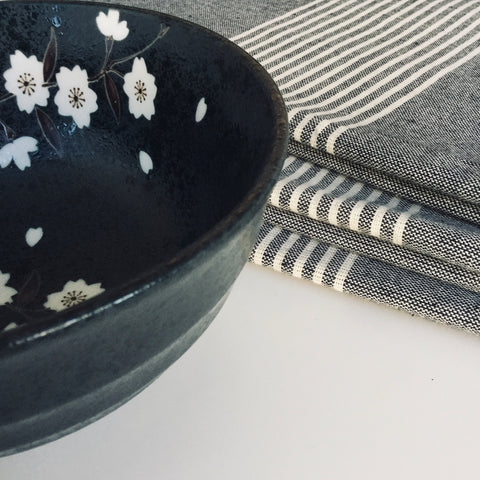 Zebuu Japanese Black Bowl