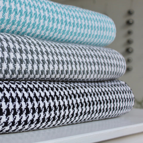 Houndstooth Cotton Throw