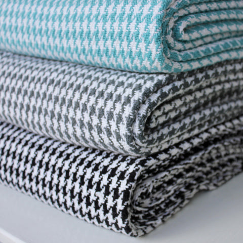 Zebuu Houndstooth Cotton Throw