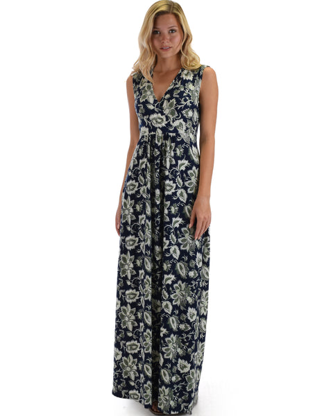 Lyss Loo Sweetest Kiss Sleeveless Yummy Floral Navy Maxi Dress
