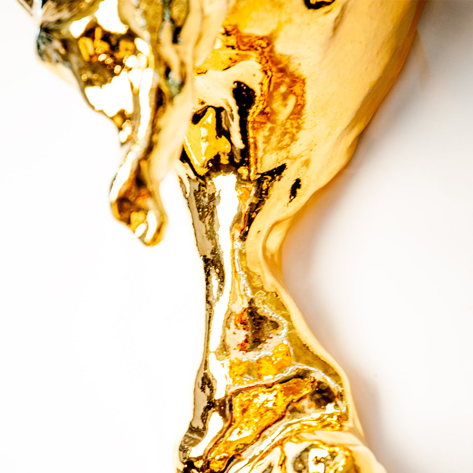 Gold Amorphous Wall Sconce Detail 4