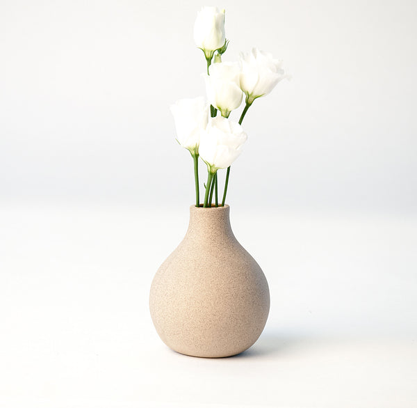 Circulo Bud Vases in Stoneware - Moss Green Upright