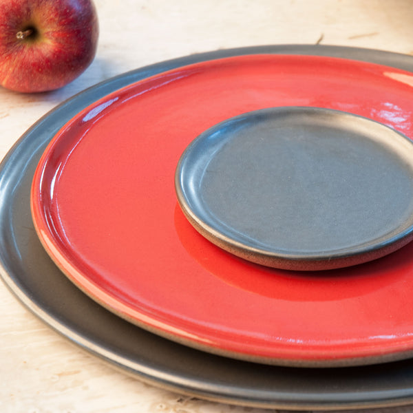 JS 159 Metallic Black and Sumac Red Speckled Stoneware Tableware