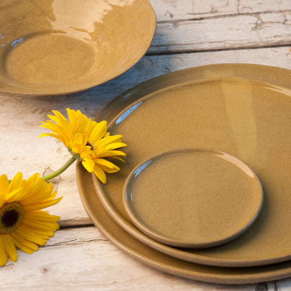 JS 159 Harvest Yellow Speckled Stoneware Tableware Set Detail 1
