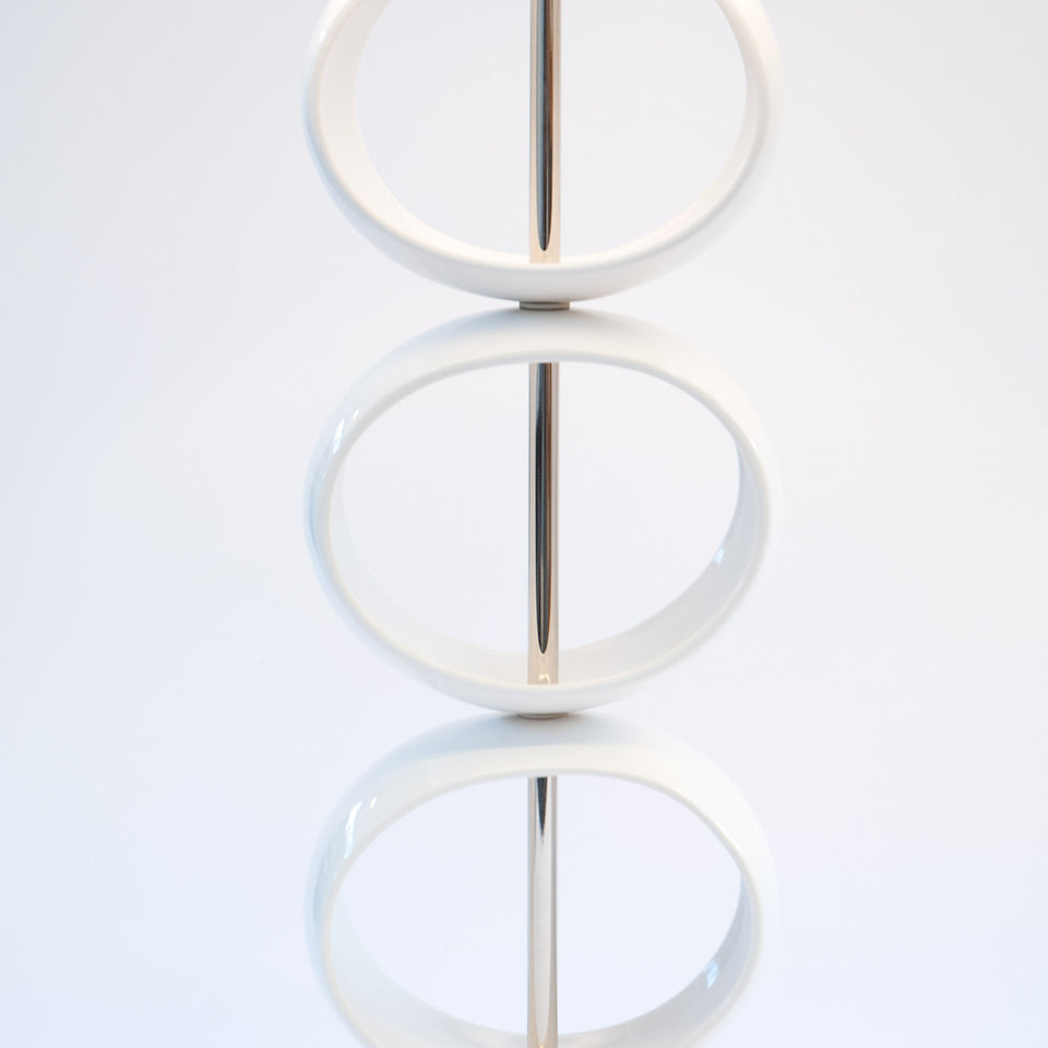 Triple Orb Table Lamp Detail 2