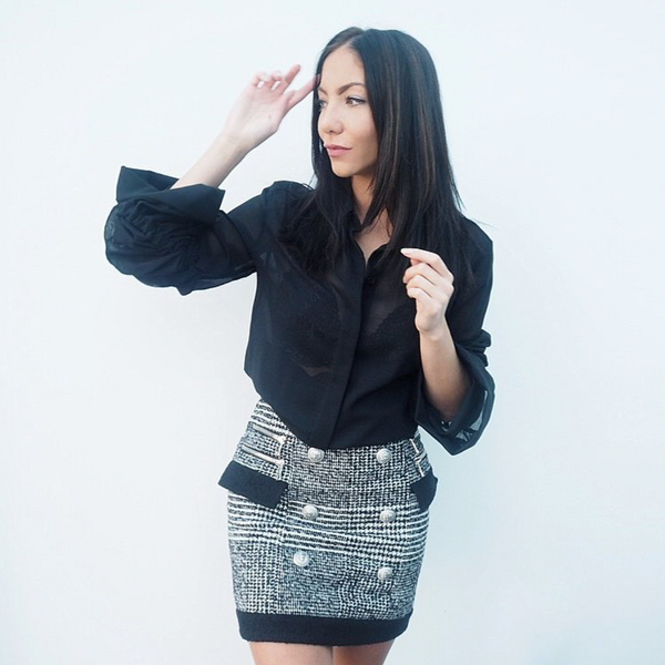 'Neya' Plaid Wool Mini Skirt - Black - Bleu Luxury