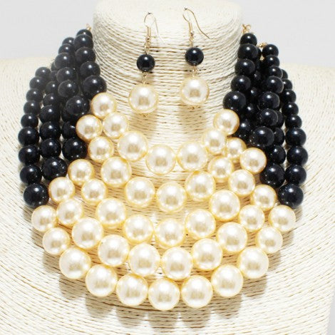 Black and Pearl Short Necklace with Earrings