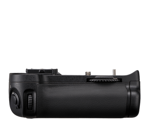 Used Nikon MB-D11 Battery Grip
