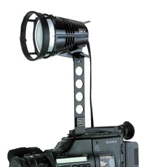 "Smith Victor Q250-SG 250-watt quartz AC video light w/ 7"" mounting arm (401138) - Lighting-Studio - Smith-Victor - Helix Camera"