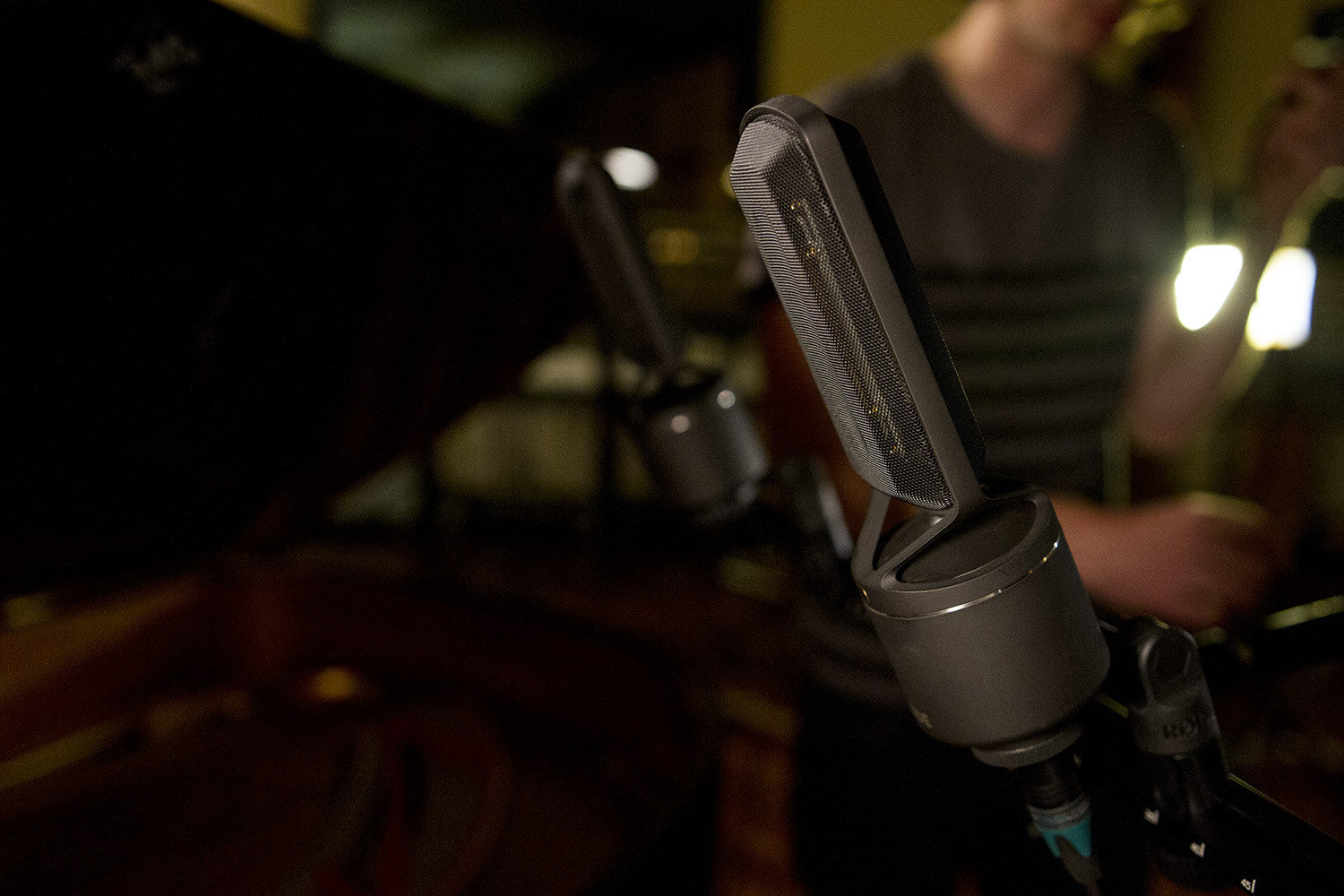 RODE NTR Active Ribbon Microphone - Audio - RØDE - Helix Camera