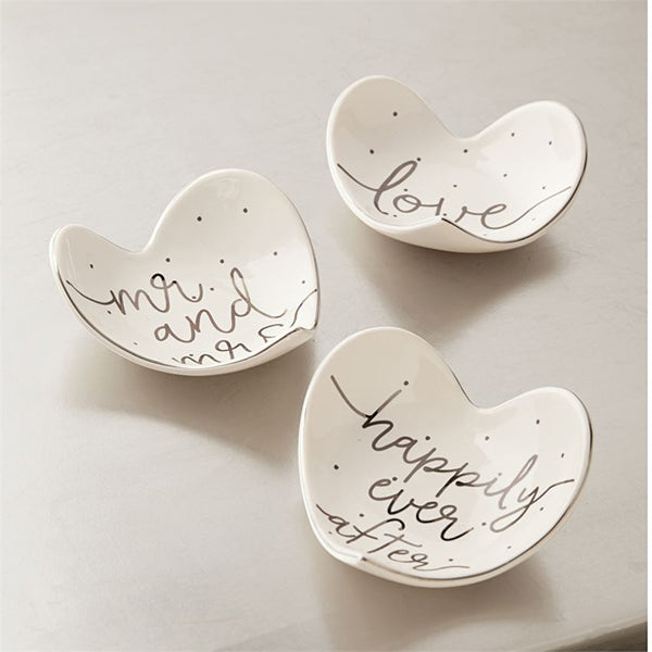 HEART TIDBIT DISHES