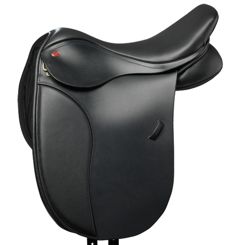 "17.5"" Cob Dressage Saddle"