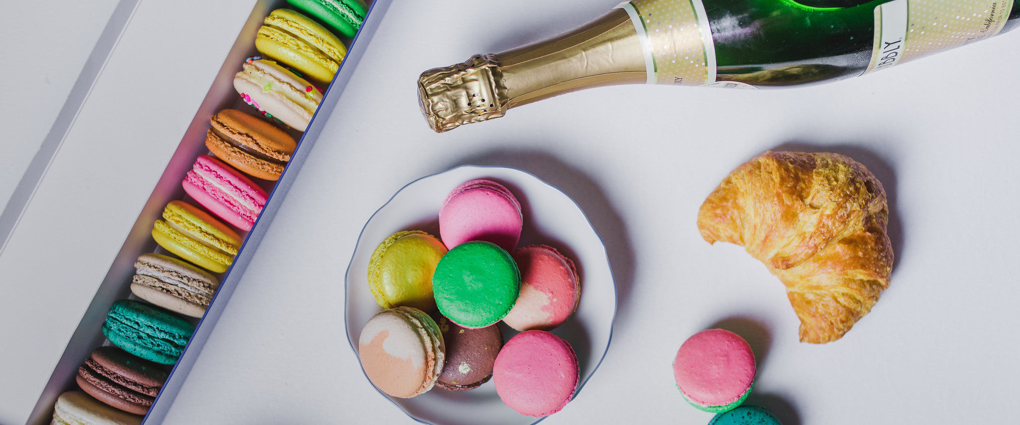 Macarons Subscription: How it works