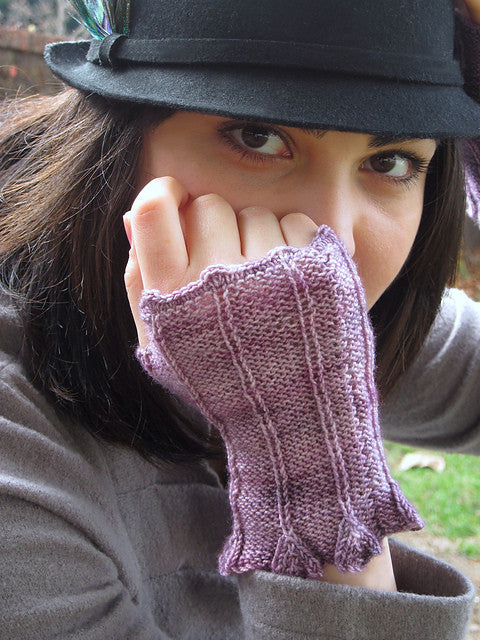 Pagewood Belle Gloves - Happy Ewe