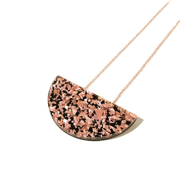 Crackle Sparkle Mini Curve Necklace