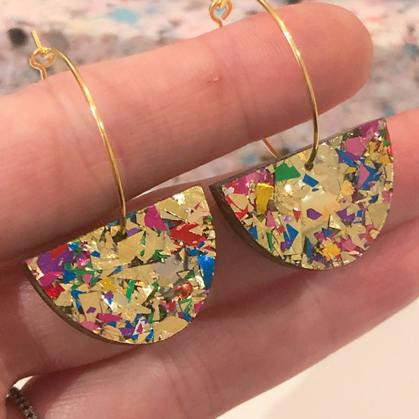 Crackle Sparkle Mini Curve Hoop Earrings
