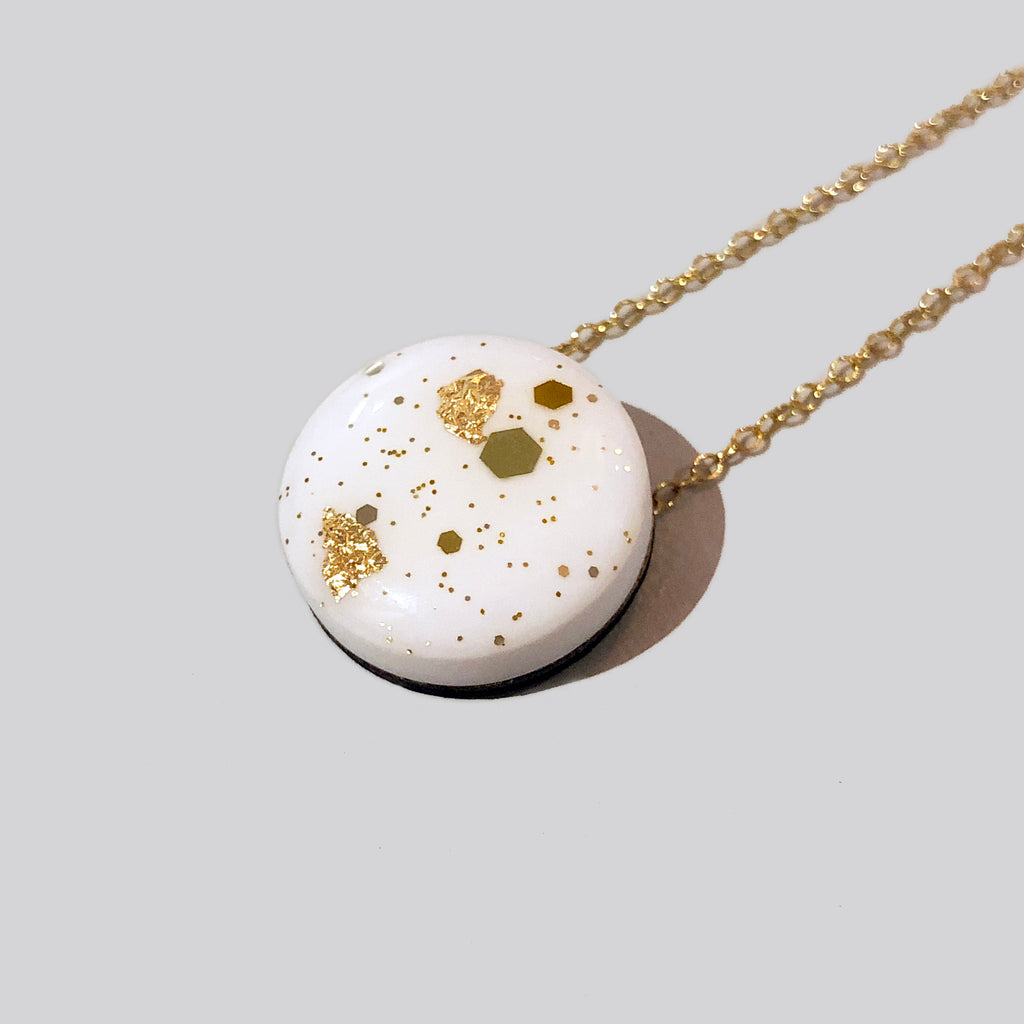 Scatter Dot Necklace – White