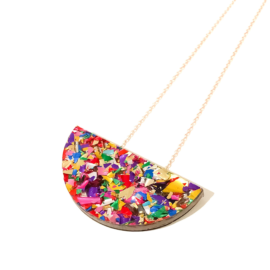 Bright Confetti Crackle Sparkle Mini Curve Necklace