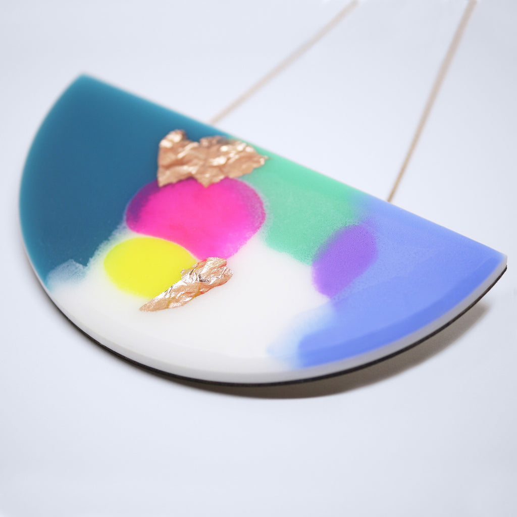 ELECTRO Curve Necklace