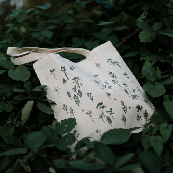 Forest Drawn tote bag in sage