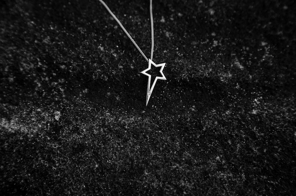 White Gold Single Diamond Shooting Star Necklace - trunfio universe  - 3