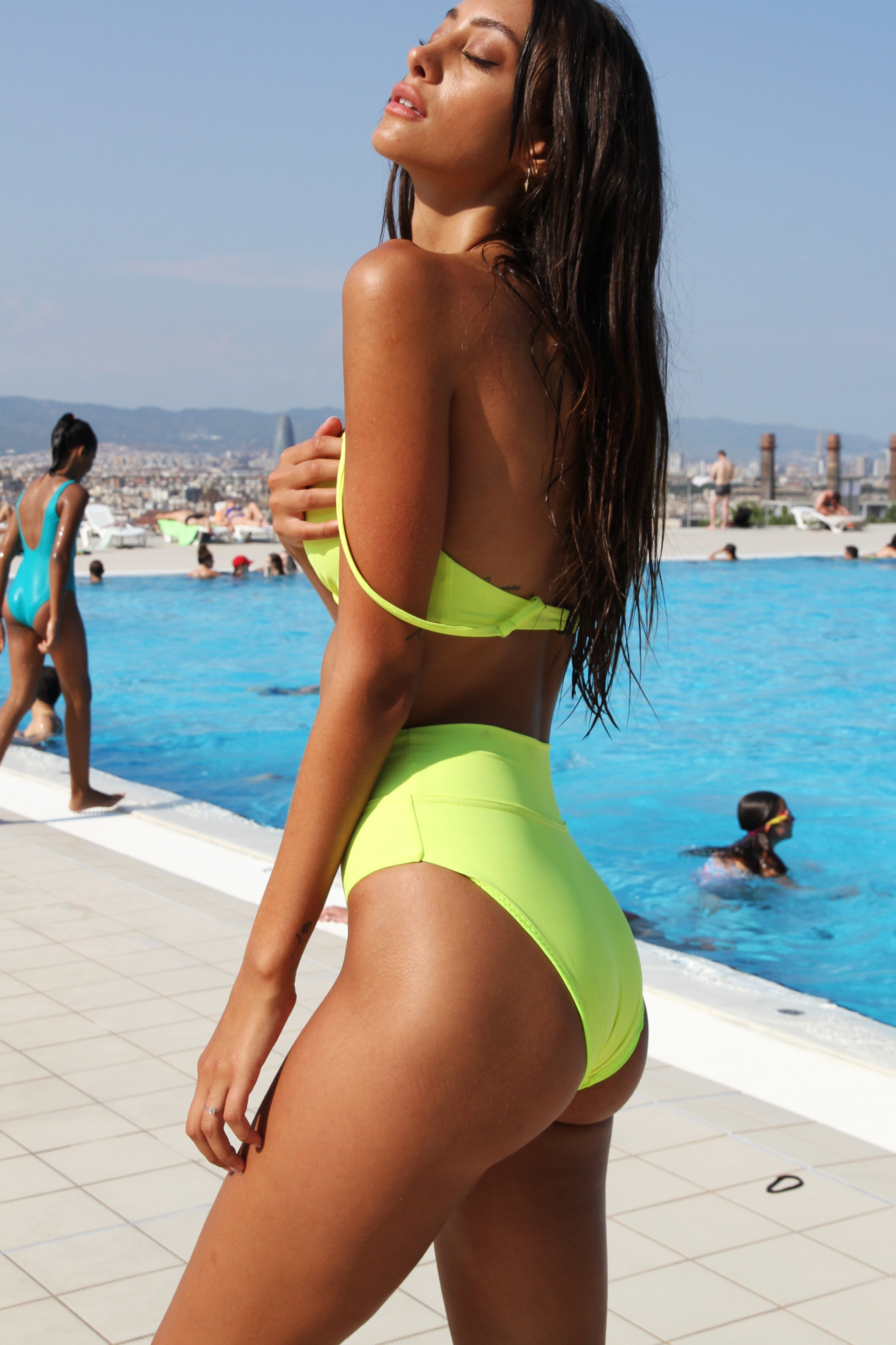 CANNES FLURO BOTTOM