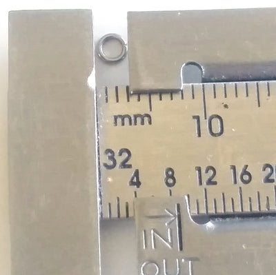 3mm jump rings on ruler
