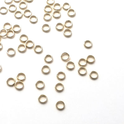 Gold Stainless Jump Rings, 4x0.7mm, 2.6mm Inside Diameter, Closed Unsoldered, Lot Size 100