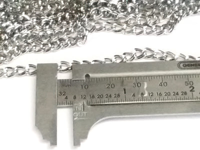 Double Link Stainless Twist Chain, Open Link, 3.5x5.5x0.75mm, 30 Feet, #1949