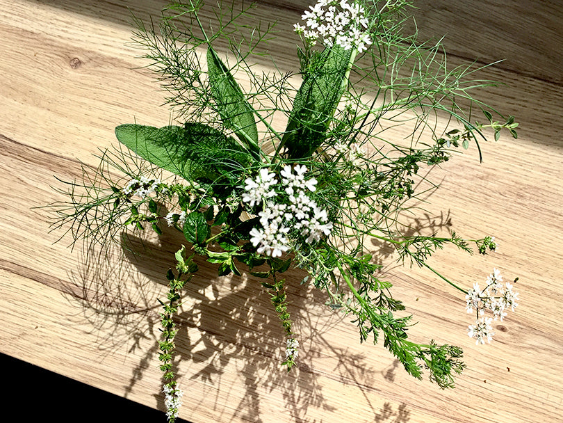 indiangoodsco_blog_herb_arrangement
