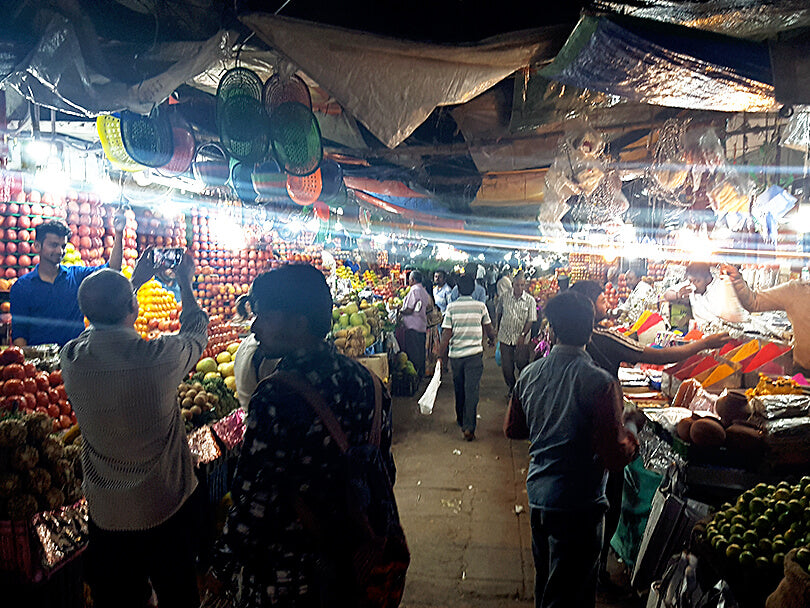 indiangoodsco_blog_stories_mysore_devaraja_market_travel_inspiration_1