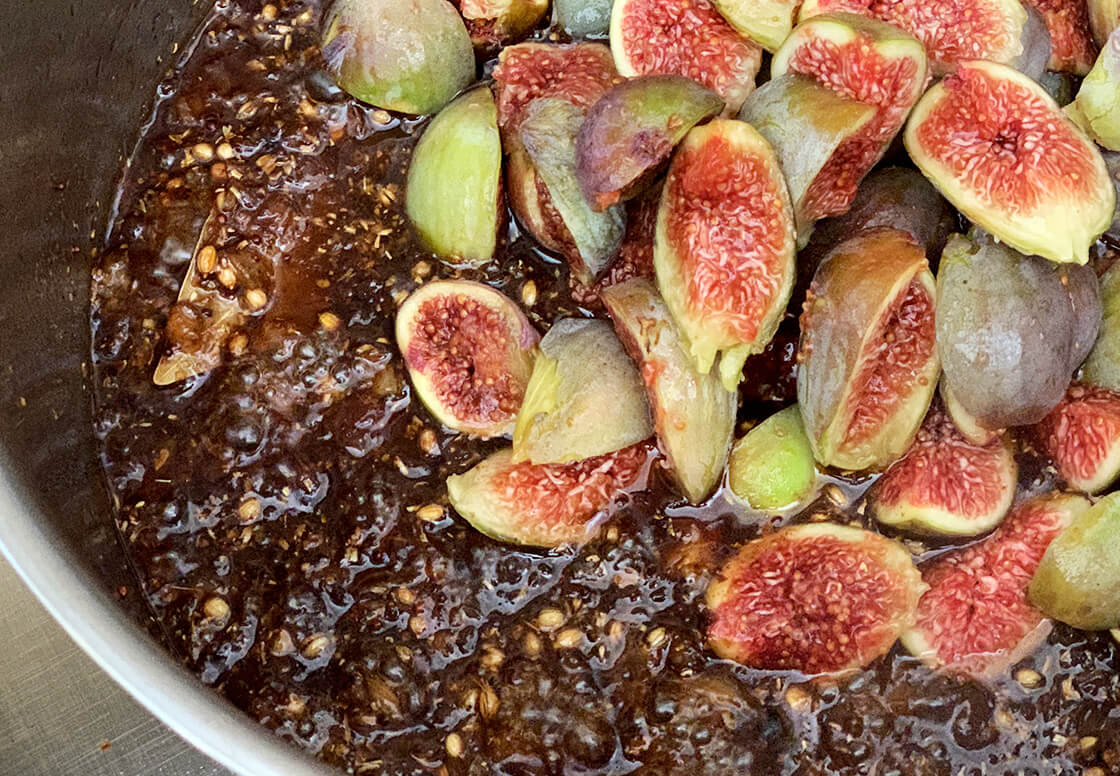 for a chunky fig chutney spiced with coriander and mustard, low on sugar and high on flavour. Wholefood plant based vegan and vegetarian