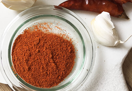 indian_goods_co_blog_stories_kitchen_basics_ground_spices_red_chilli