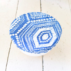 Blue and white modern bowl covers