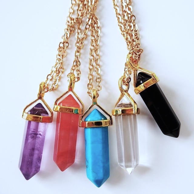 'Wonder' crystal necklaces - 5 colors