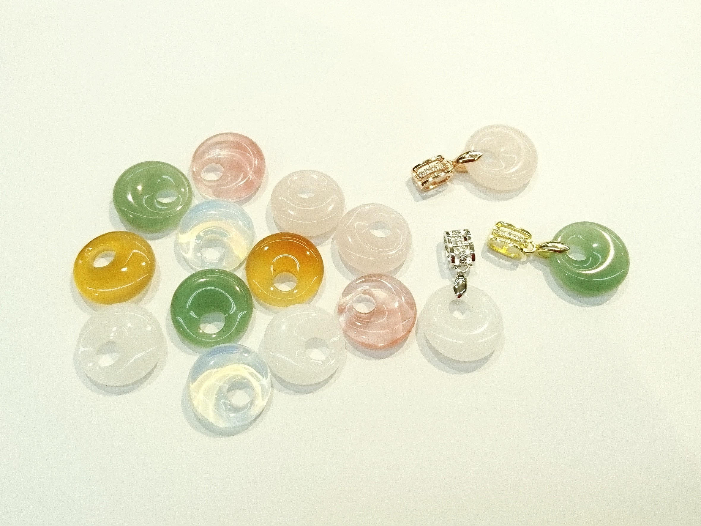 Chinese Lucky Charms - Round shape pendants