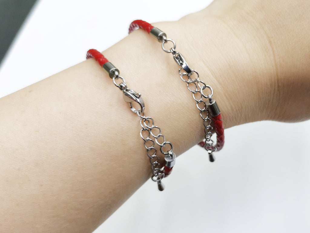 Red Leather bracelet, with stainless steel clasp | 紅色牛皮手鏈,不銹鋼扣