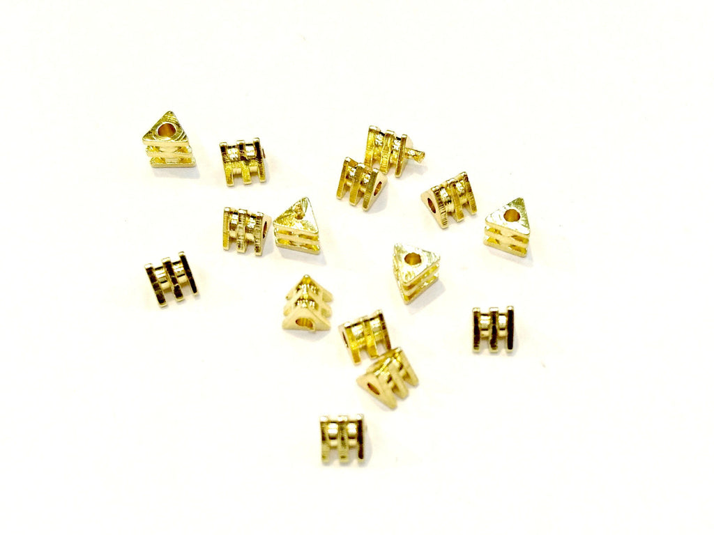 Brass Beads, 4mmx3.5mm, Triangle, 24 Pieces Per Pack - amakeit bead 天富