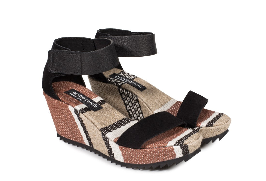 Pedro Garcia Fidelia QUARTER-BACK WEDGE black castoro