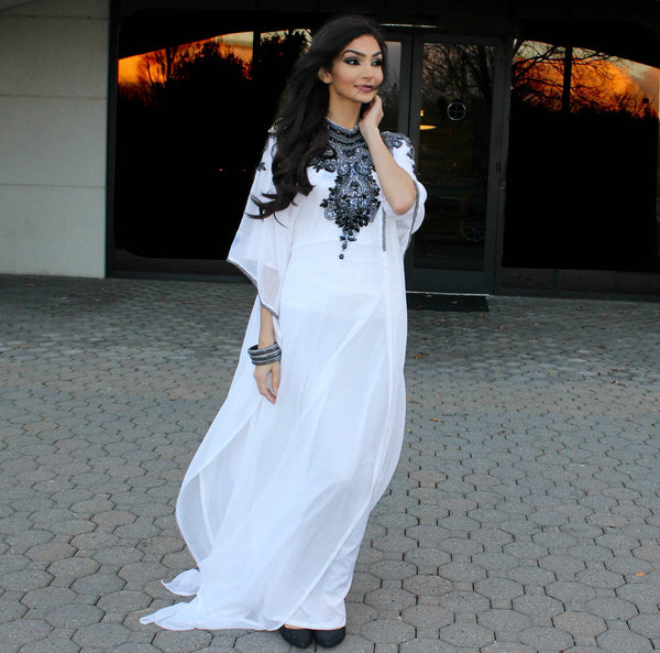 Dubai Black Stone Beaded Farasha - White