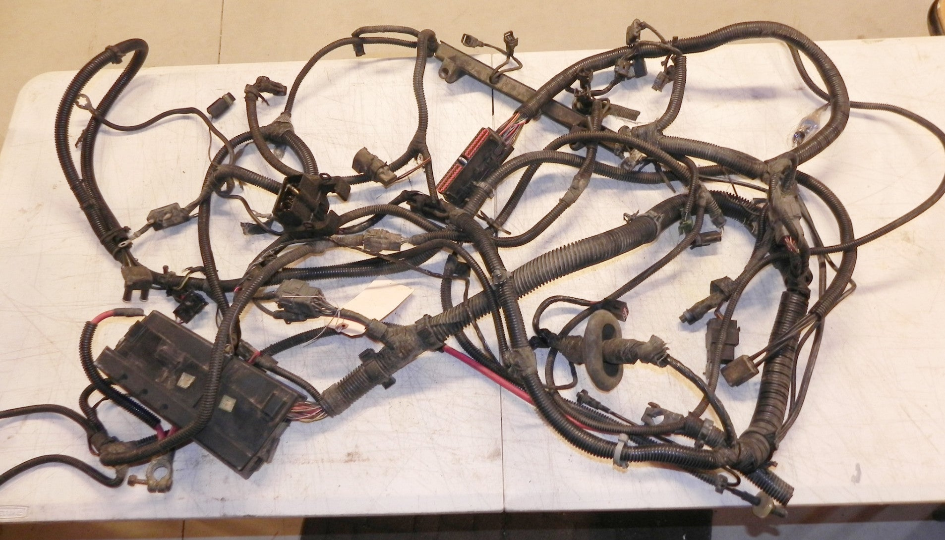 jeep wrangler engine wiring harness  jeep wrangler yj engine wiring harness 2 5 4 cyl automatic 94 95 on 1990 jeep