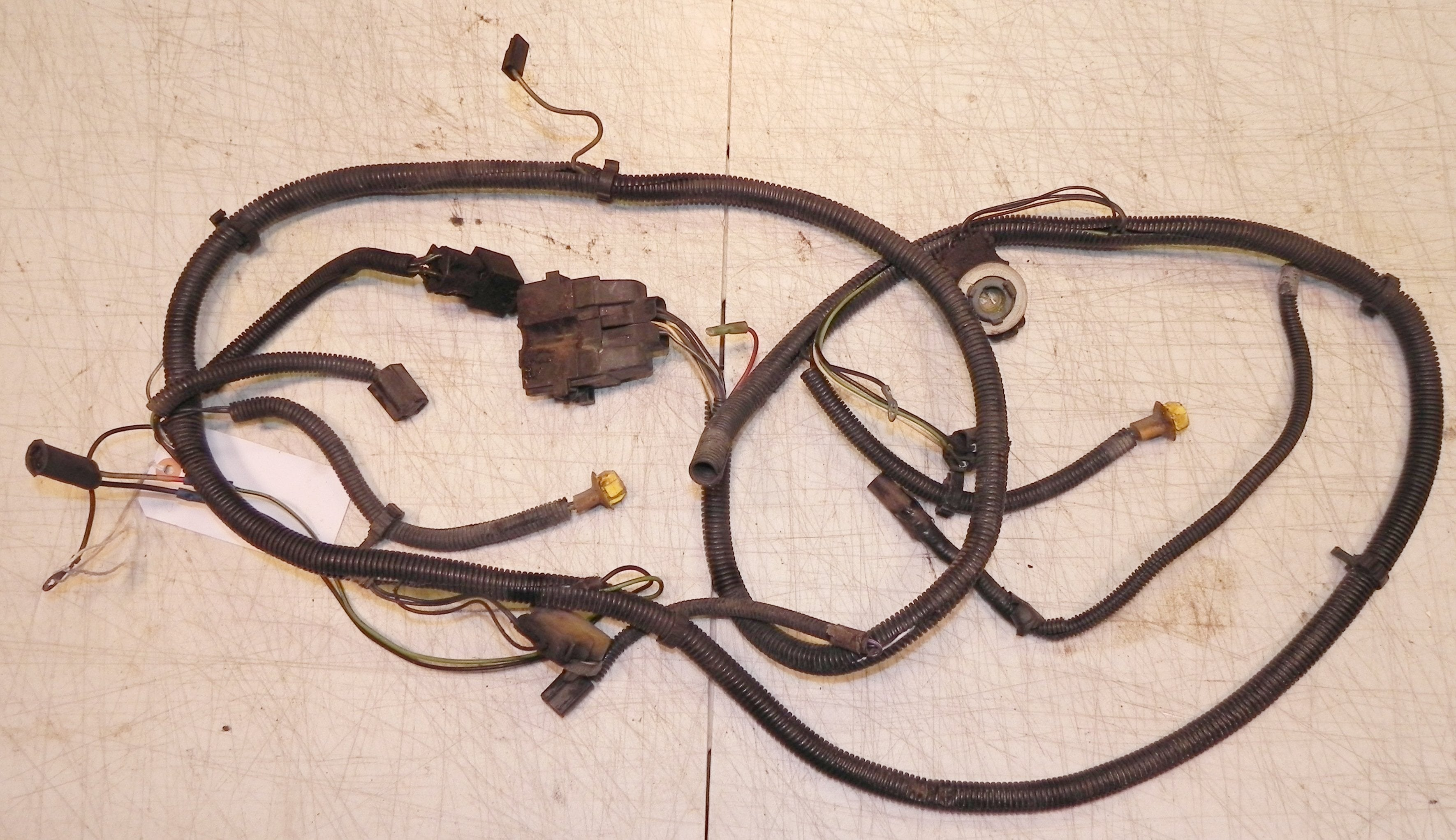 Jeep Wrangler YJ Front Headlight Grill Wiring Harness 87-90 - Jeep on jk wire harness, wrangler wire harness, gm wire harness, ez wire harness, cj5 wire harness, el wire harness,