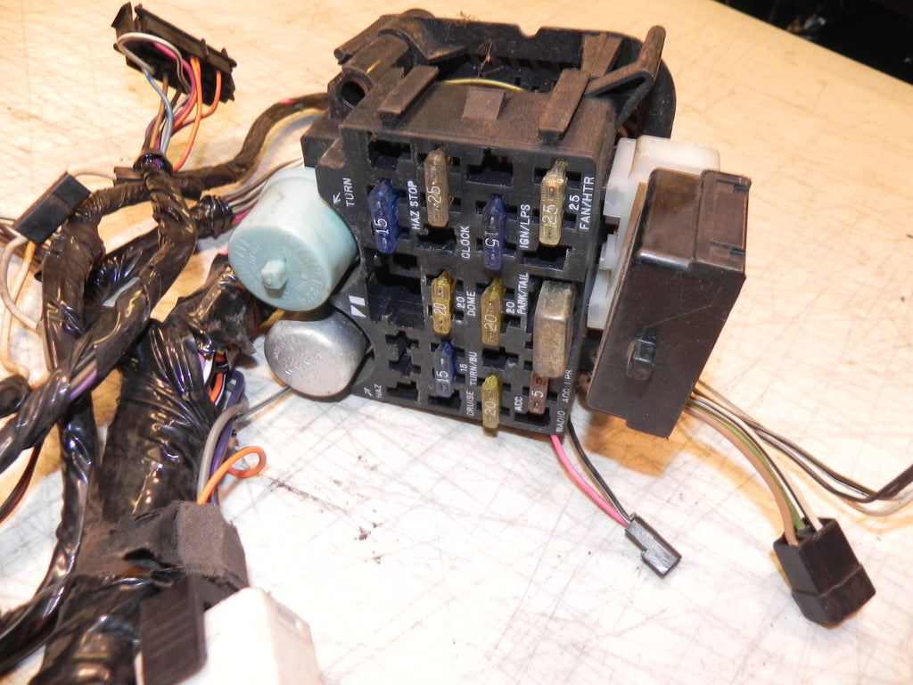 Jeep Under Dash Wiring Harness Real Diagram Wrangler Yj Interior 87 90 1999 Ford Mustang Ignition