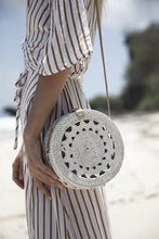 Load image into Gallery viewer, Classic Pattern Round Basket Bag