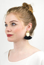 Load image into Gallery viewer, Pinna Tassel Earrings