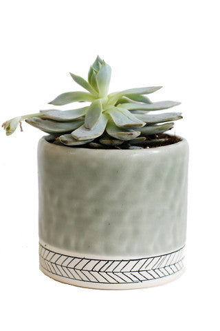 Small Herringbone Round Planter
