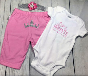 The Princess Has Arrived Baby Girls Outfit Set - Princesses Design